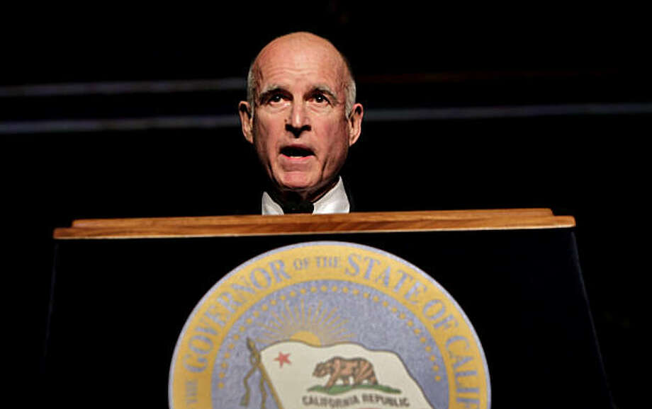 Governor Jerry Brown addressed the audience after he was sworn-in as the 39th Governor of California, Monday Jan. 3, 2011, in Sacramento, Calif. Photo: Lacy Atkins, The Chronicle