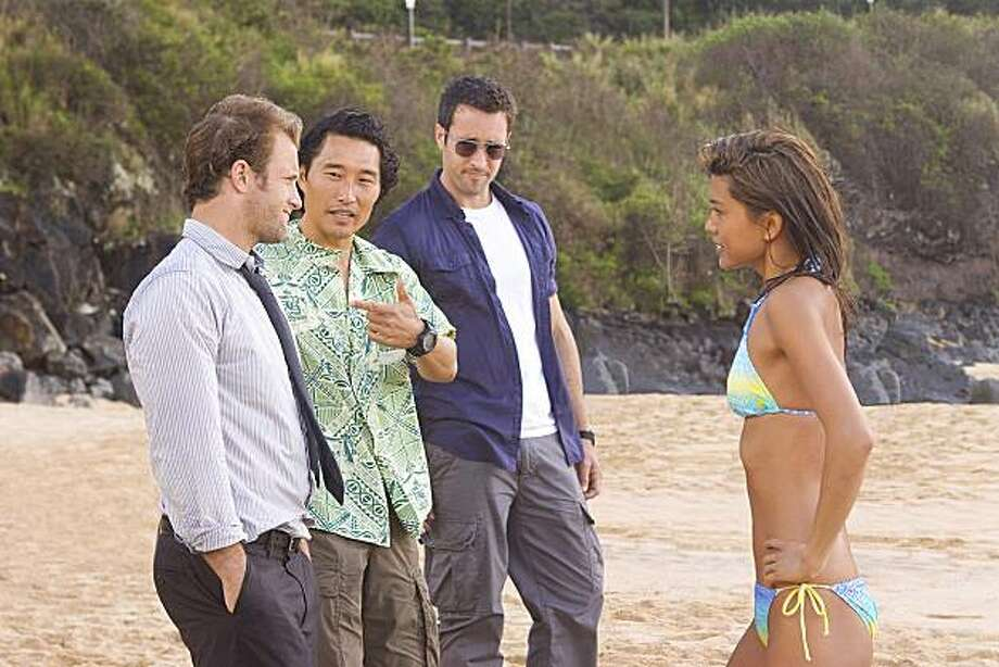 "HAWAII FIVE-O is a contemporary take on the classic drama series about a new elite federalized task force whose mission is to wipe out the crime that washes up on the Islands' sun-drenched beaches.ÊÊÊLeft to right:ÊScott Caan plays Detective Danny ÒDanno"" Williams, Daniel Dae KimÊportrays Chin Ho Kelly, Alex O'LoughlinÊplays Detective Steve McGarrett,ÊandÊGrace ParkÊplays Kono.ÊÊ Photo: Mario Perez, CBS"