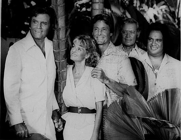 "Actor Jack Lord (left) with the cast of the original ""Hawaii Five-O"": from left, Sharon Farrell, William Smith, Herman Wedemeyer and Moe Keala. Photo: Associated Press"