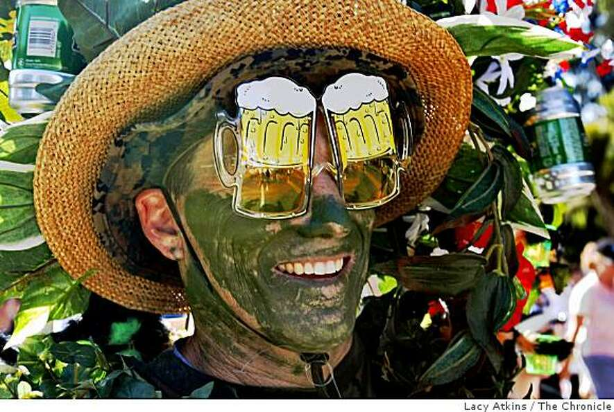 Greg Willard dresses as a Beer Garden in the 98th annual Bay to Breakers.