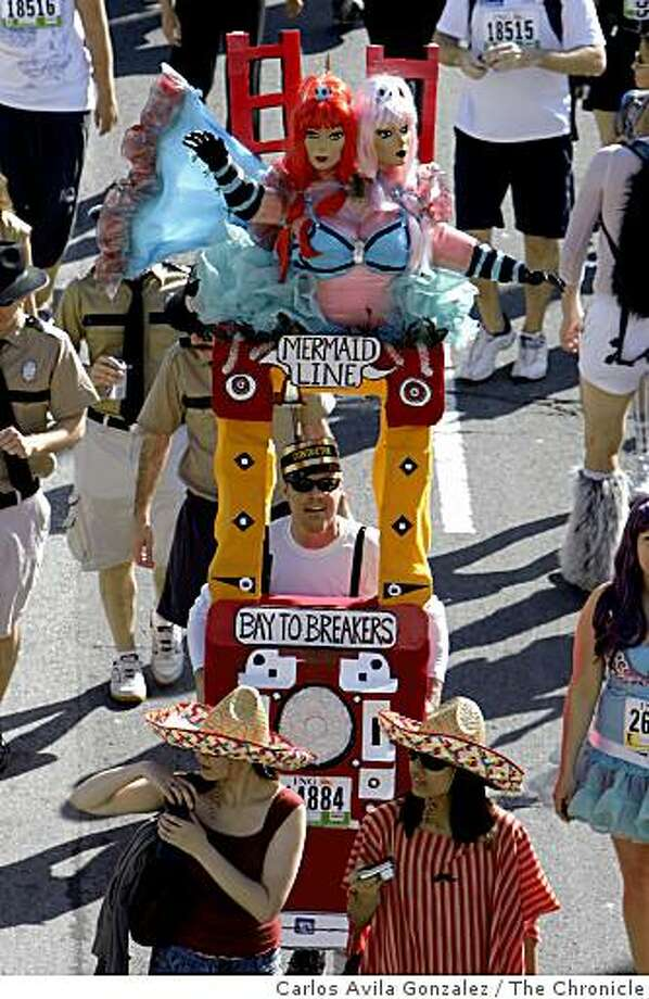 A float at the 98th running of the Bay to Breakers. On hand were the usual costumed runners, floats, and scene. This year's news was the new rules regarding permits for floats and prohibition of kegs, but little enforcement was visible in the the mix. Photo: Carlos Avila Gonzalez, The Chronicle
