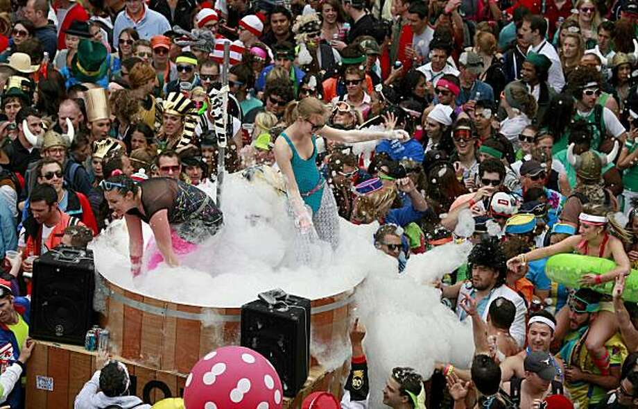 A giant hot tub with lots of suds thrilled the crowd near Alamo Park. Thousands took place in the 99th annual ING Bay to Breakers event  Sunday morning May 16, 2010 in San Francisco, Calif. Photo: Brant Ward, The Chronicle