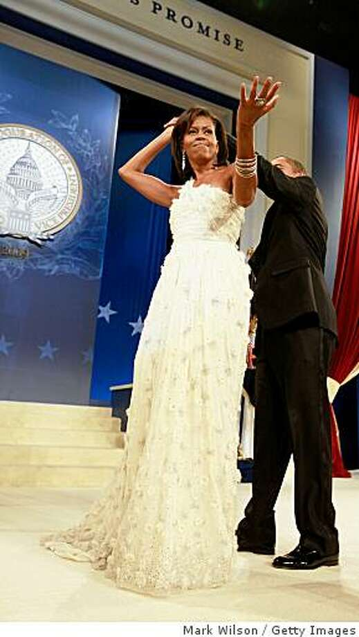 President Barack Obama and his wife Michelle dance at the Obama Homes States Ball, one of ten official inaugural balls January 20, 2009 in Washington DC. Photo: Mark Wilson, Getty Images