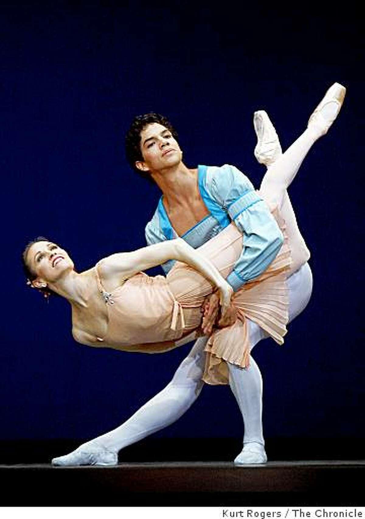 Tina LeBlanc and Isaac Hernandez dance in Tchaikovsky Pas De Deux in San Francisco, Calif., on Wednesday. Jan. 21, 2009.