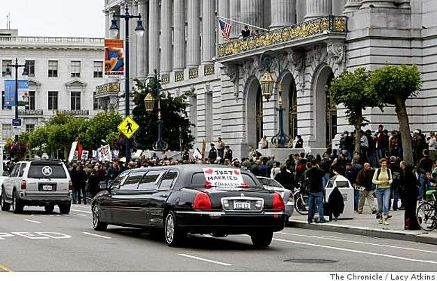 A limousine drives by protestors and supporters outside City Hall, Monday June 16, 2008, in San Francisco, Calif. Lacy Atkins /The San Francisco Chronicle Photo: Lacy Atkins, The Chronicle