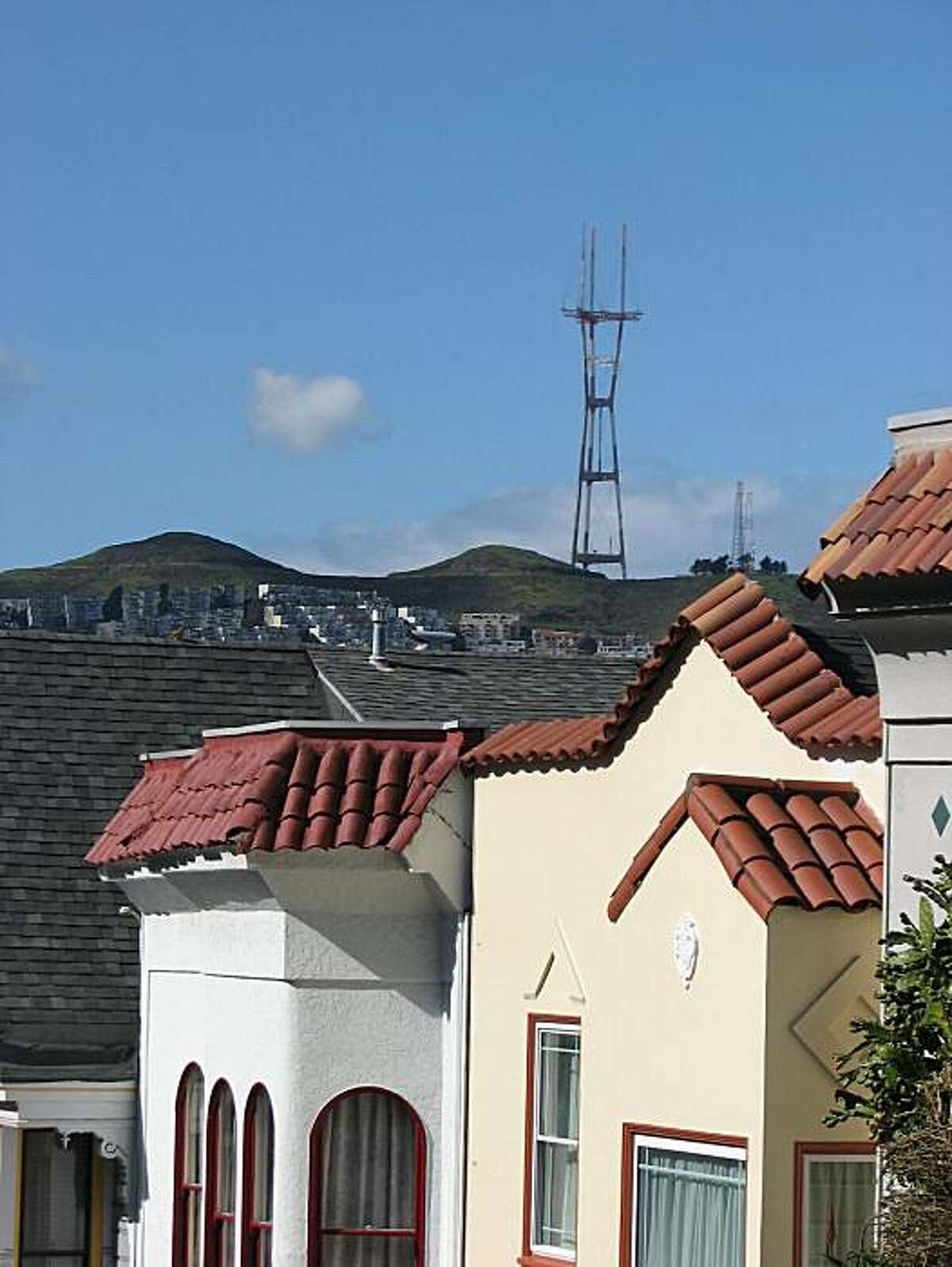 Sutro Tower may not be everyone's cup of architectural tea, but one noted San Francisco loves its iconic presence on the urban landscape.