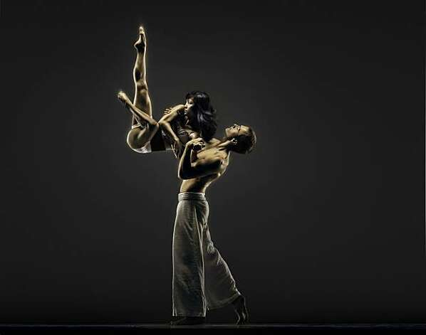 Robert Moses Kin Dancers: ÊNorma Fong and Brendan Barthel Photo: RJ Muna