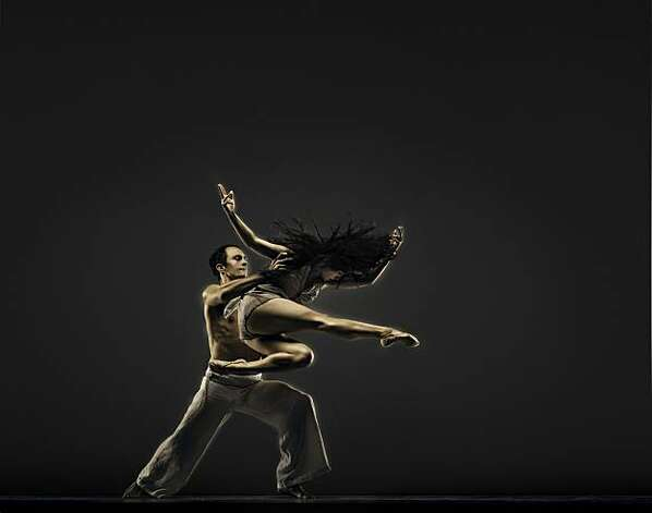 Robert Moses Kin Dancers: ÊNatasha Adorlee Johnson and Brendan Barthel Photo: RJ Muna