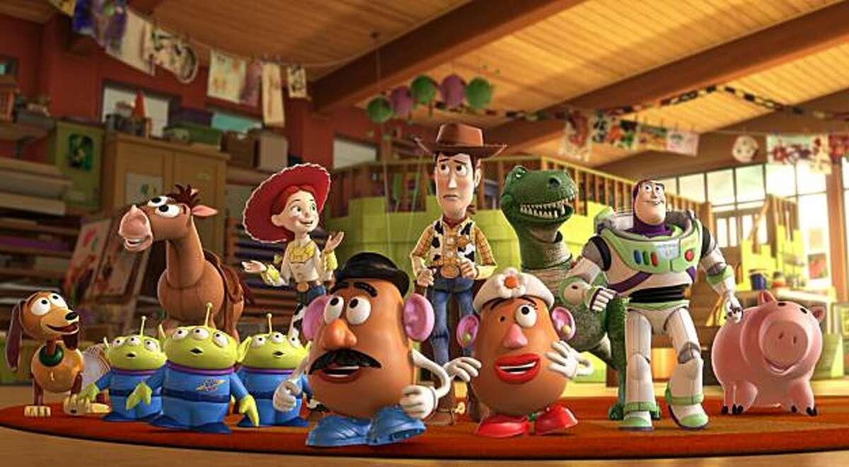 Slinky Dog, Aliens, Bullseye, Jessie, Mr. Potato Head, Woody, Mrs. Potato Head, Rex, Buzz Lightyear, Hamm