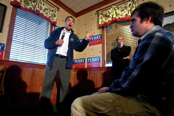 Rick Perry makes his pitch Wednesday during a stop at Lizard's Thicket restaurant in Lexington, S.C.