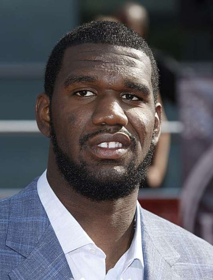 NBA player Greg Oden arrives at the ESPYs Awards on Wednesday July 16, 2008 in Los Angeles. (AP Photo/Matt Sayles) Photo: Matt Sayles, AP