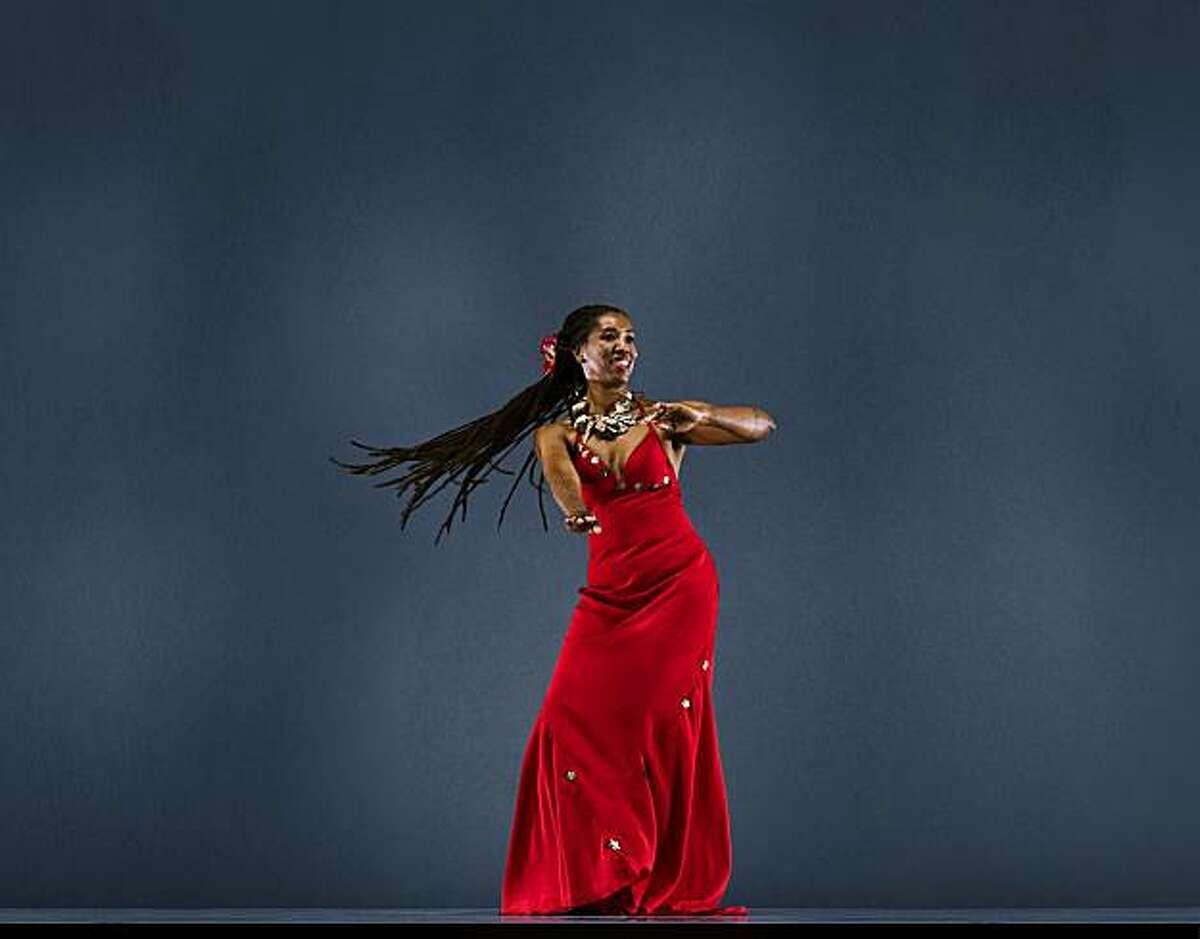 Black Choreographers Festival L Mahealani Uchiyama - Photo Credit: RJ Muna