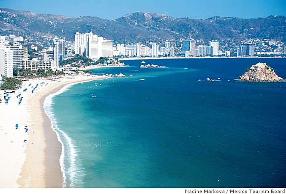 Panoramic view of the Bay of Acapulco.