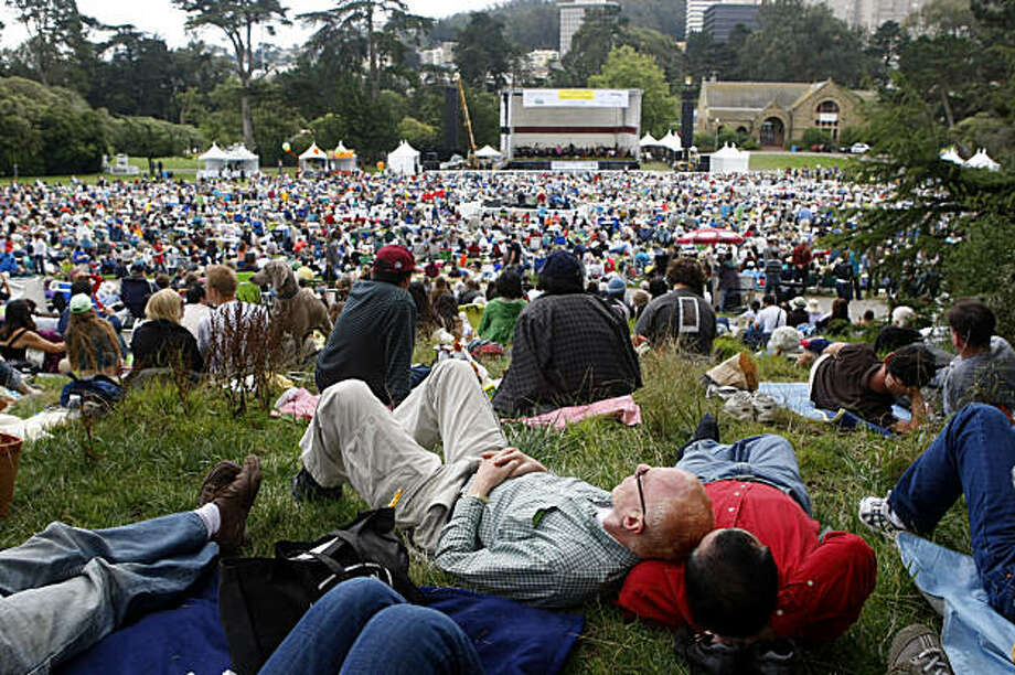 Thousands of people gather for an afternoon of music at the Golden Gate Park for the San Francisco Opera in the Park, Sunday Sept. 13, 2009, in San Francisco, Calif. Photo: Lacy Atkins, The Chronicle