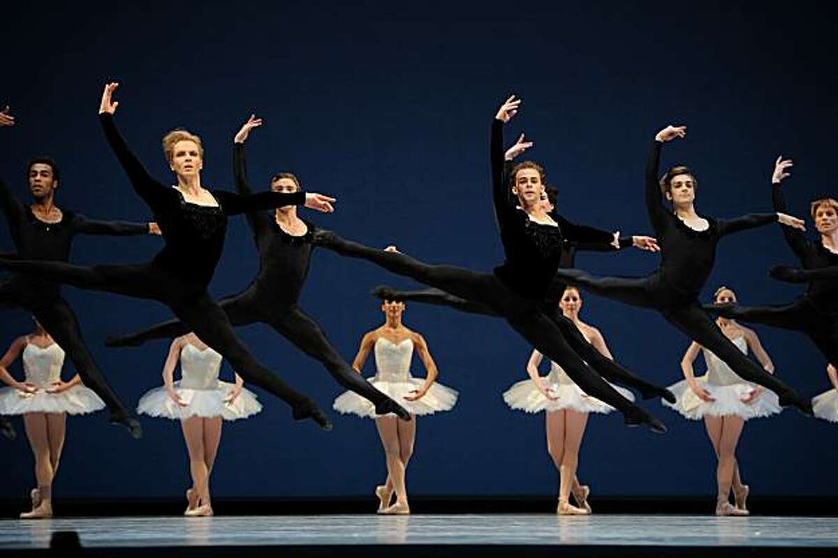 Members of the San Franciscp Ballet perform choreogrpaher George Balanchine's Symphony in C ? Erik Tomasson