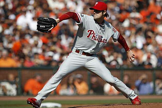 Philadelphia Phillies starting pitcher Cole Hamels works against the San Francisco Giants during Game 3 of baseball's National League Championship Series at AT&T Park on Tuesday, October 19, 2010 in San Francisco, Calif. Photo: Carlos Avila Gonzalez, The Chronicle