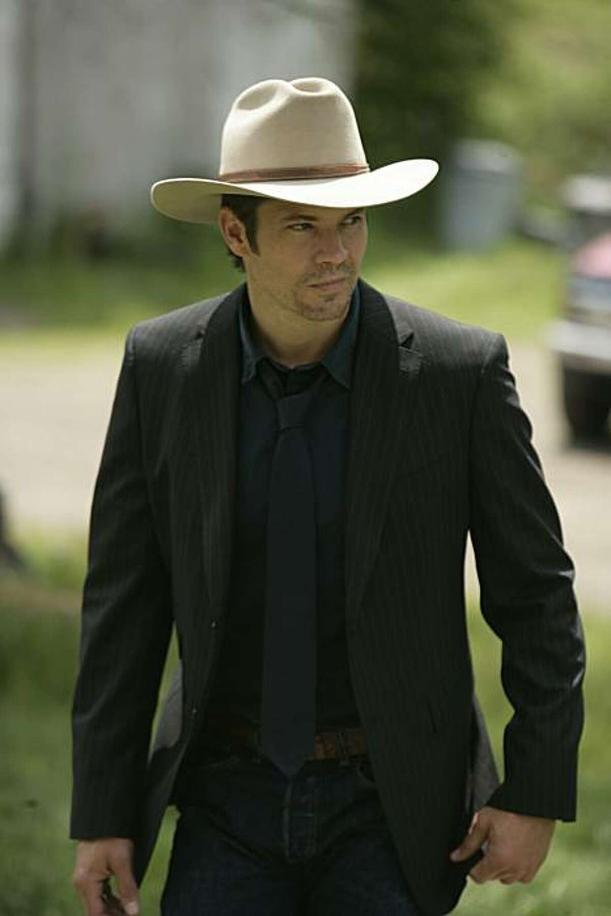 JUSTIFIED: Timothy Olyphant as Raylan Givens.