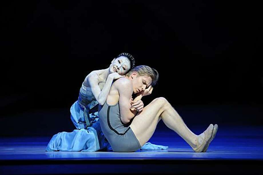 Yuan Yuan Tan and Tiit Helimets in Neumeier's The Little Mermaid. (? Erik Tomasson) Photo: Erik Tomasson