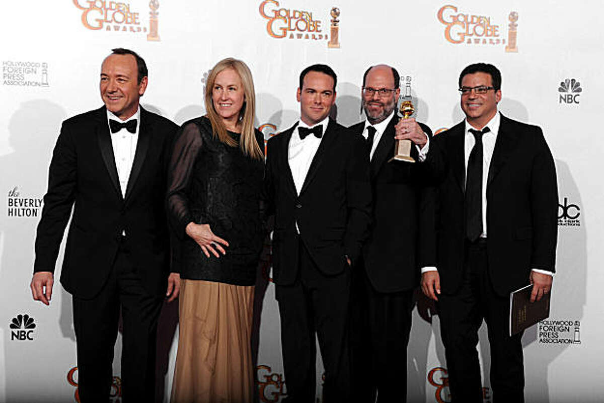 BEVERLY HILLS, CA - JANUARY 16: (L-R) Producers Kevin Spacey, Cean Chaffin, David Brunetti, Scott Rudin and Michael DeLuca pose with the award for Best Picture (Drama) for