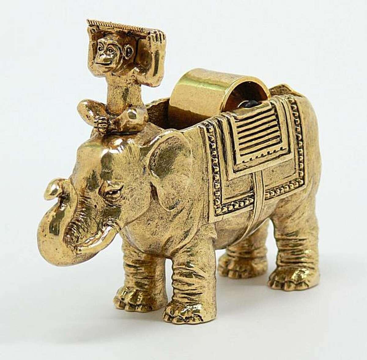 Elephant dispenser