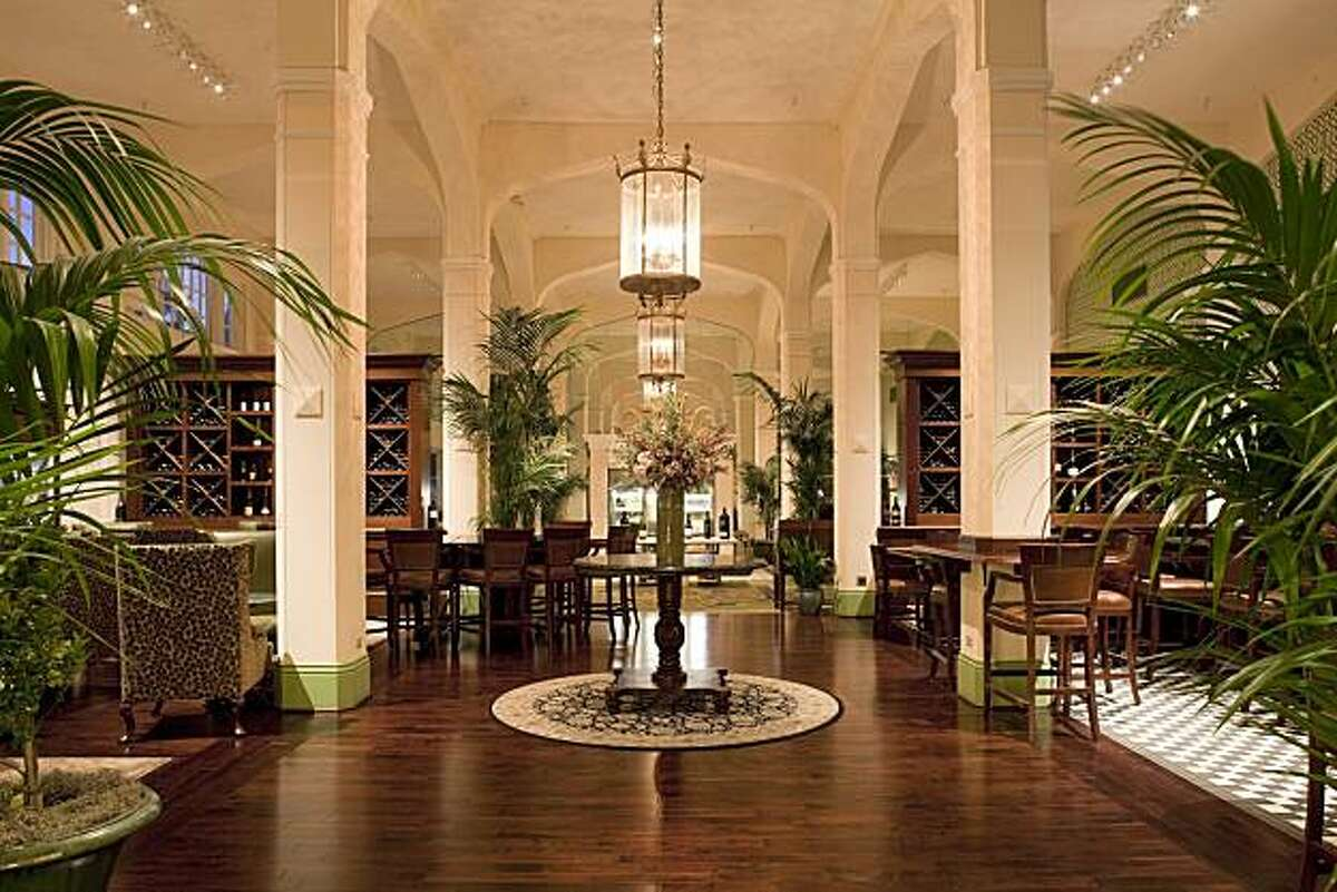 Meritage Lounge at the Claremont Hotel, Club & Spa