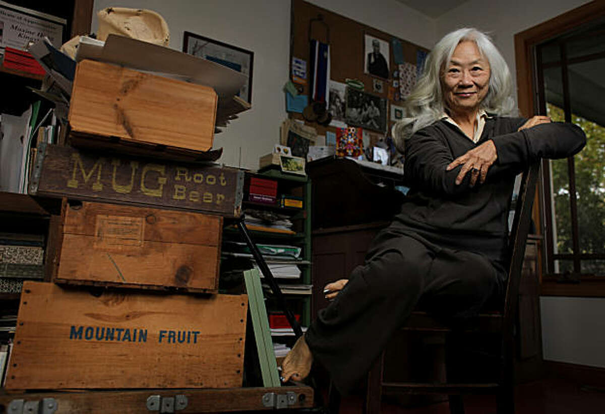 Maxine Hong Kingston works in her casita, Monday January 17, 2011, at her home in Oakland,Calif.