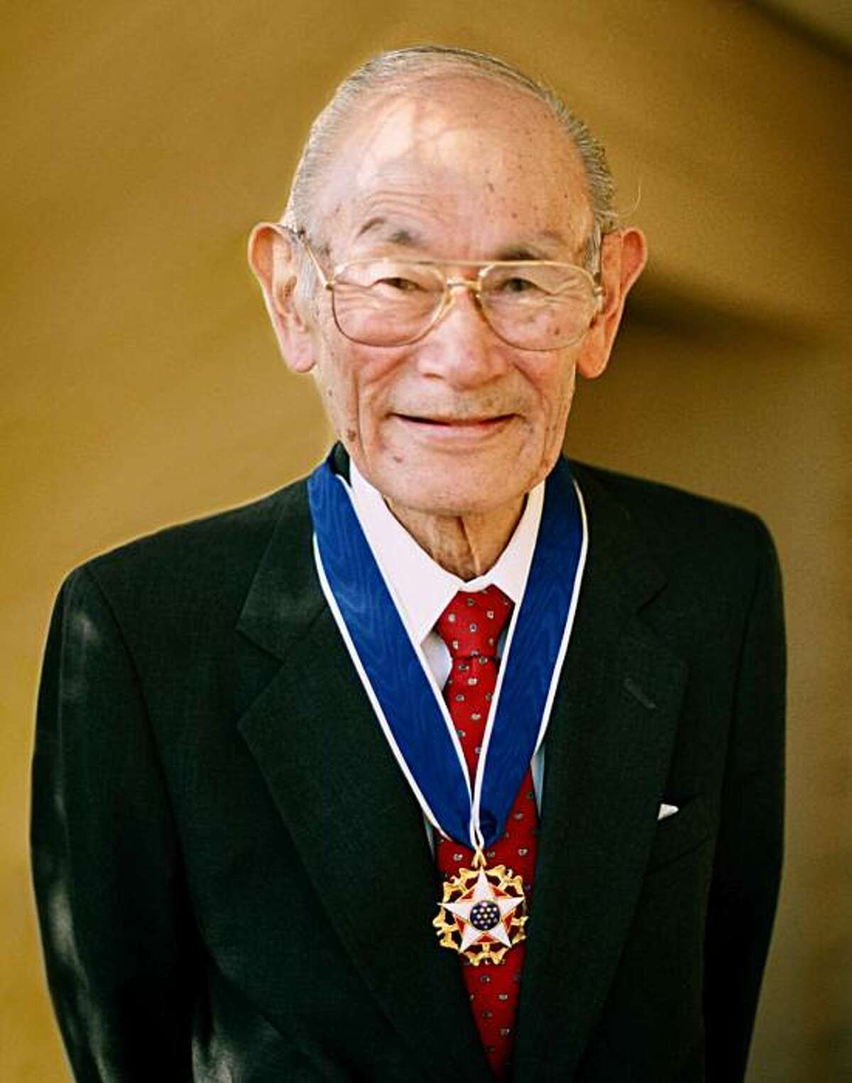 Fred Korematsu wearing his Presidential Medal of Freedom, 1998.
