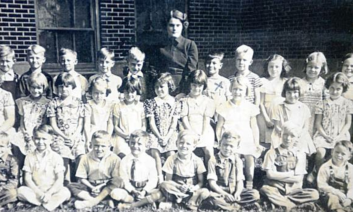 Photograph from the late 1930's in Lynn, Indiana. Jim Jones is fifth from right in back row (with