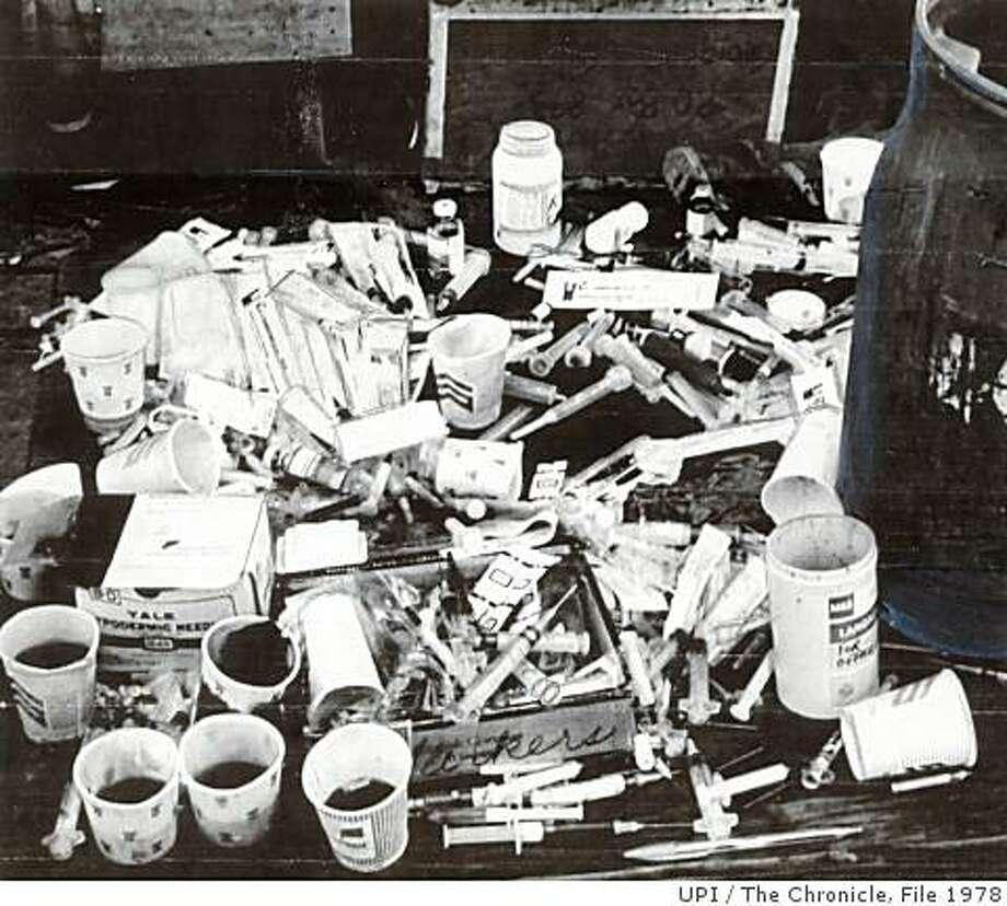 the jonestown massacre jim jones essay