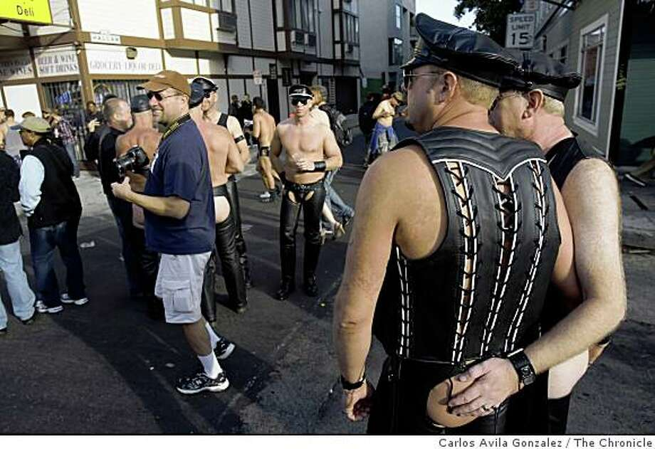 Tony Stroh of Vacaville, Calif., checks out some of the sights at the Folsom Street Fair. Thousands attended the 25th anniversary Folsom Street Fair in San Francisco, Calif., on Sunday, September 28, 2008. Photo: Carlos Avila Gonzalez, The Chronicle