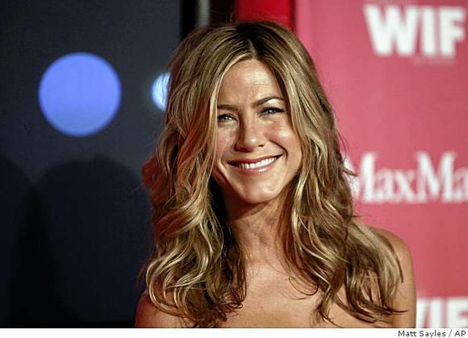 Jennifer Aniston arrives at the Women in Film Crystal Lucy Awards on Friday June 12, 2009, in Los Angeles. Photo: Matt Sayles, AP