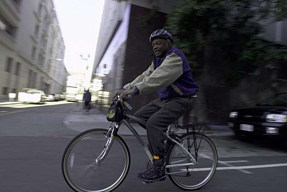 "The annual ""Ride Your Bike to Work"" day was kicked off by SF City Hall officials like ""Da Mayor"" Willie Brown and many SF supervisors.  The ride was from Hunnington Park on Nob Hill, down California  Street tot Polk Street finally to City Hall. Photo: Frederic Larson, SFC"