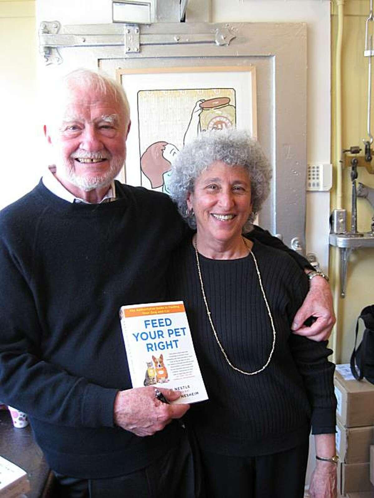 Marion Nestle and Mal Nesheim at San Francisco's Omnivore Books.