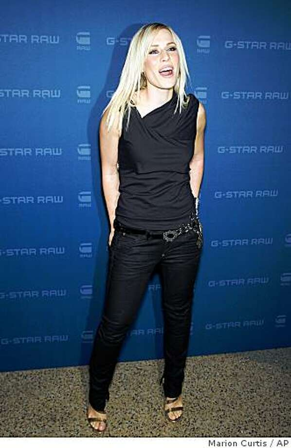 In this photo provided by StarPix, singer Natasha Bedingfield arrives at the G-Star Raw fall 2009 collection in New York, Tuesday, Feb. 17, 2009. Photo: Marion Curtis, AP