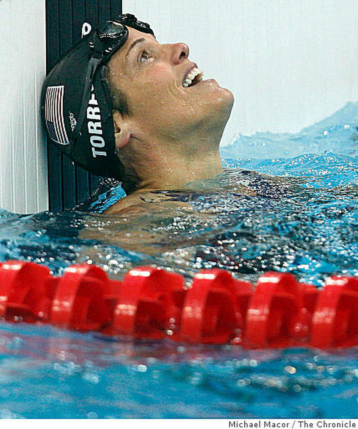 Dara Torres captures the silver medal in the women's 50m freestyle fina.