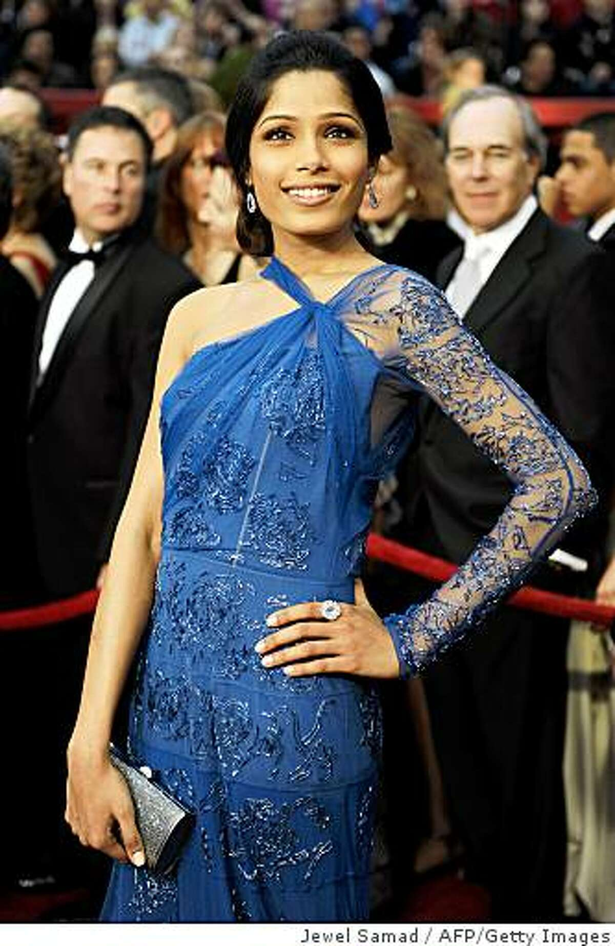 Actress Freida Pinto arrives at the 81st Academy Awards at the Kodak Theater in Hollywood, California on February 22, 2009.