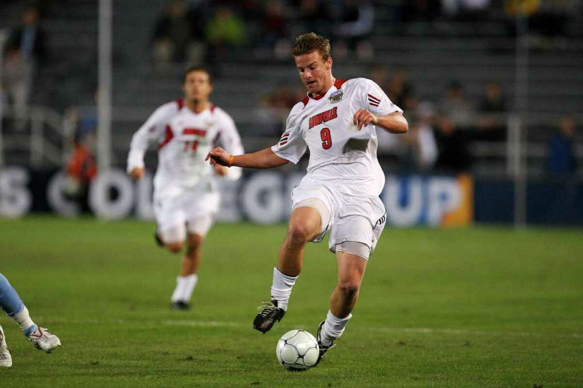 Colin Rolfe in action against North Carolina in the NCAA College Cup semifinals.