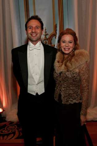 Ben Rose and Cindi Rose at the 60th Annual Consular Ball Nov. 19, 2011. Credit: Ken Coffman Photo: Ken Coffman