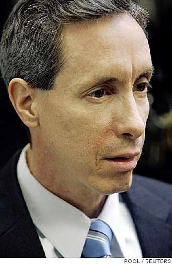 U.S. polygamist sect leader Warren Jeffs reacts as he listens to the jury being polled after handing down the verdicts against him, in St. George, Utah, September 25, 2007. Jeffs was convicted of being an accomplice to rape for arranging a marriage between an unwilling 14-year-old girl and her 19-year-old first cousin. Photo: POOL, REUTERS
