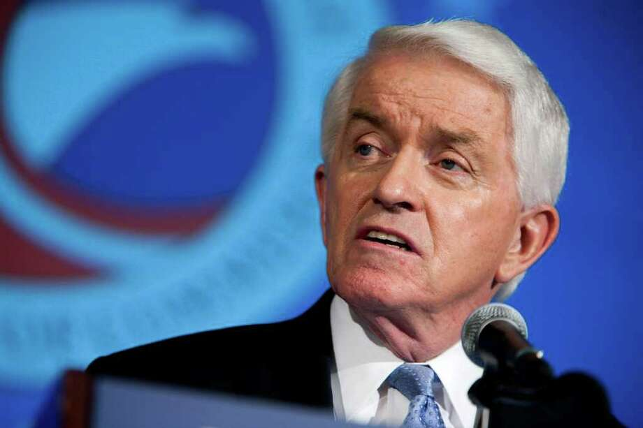 Thomas Donohue, president of the U.S. Chamber of Commerce, speaks at the organization's headquarters in Washington, D.C., U.S., on Thursday, Jan. 12, 2012. The U.S. economy will slow early this year from the pace at the end of 2011, then accelerate and finish with an annual growth of less than 3 percent, Donohue said as the nation's largest business group offered its forecast for 2012. Photographer: Joshua Roberts/Bloomberg *** Local Caption *** Thomas Donohue Photo: Joshua Roberts / © 2012 Bloomberg Finance LP