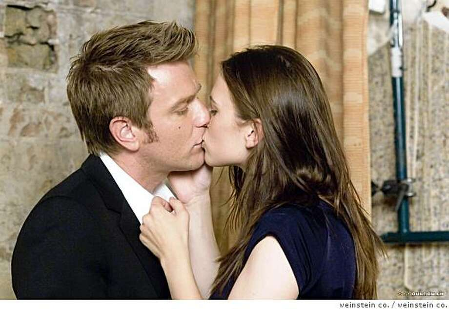 Ewan McGregor and Hayley Atwell in CASSANDRA'S DREAM Ran on: 09-23-2007 Josh Brolin gives no ground in his performance in &quo;No Country for Old Men.&quo; ALSO Ran on: 09-30-2007 Photo: Weinstein Co.