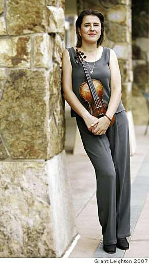 Violinist Nadja Salerno-Sonnenberg Photo: Grant Leighton 2007