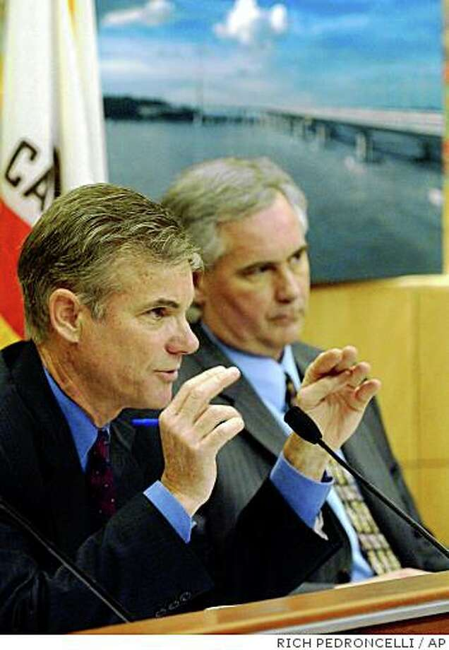 State Sen. Tom Torlakson, D-Martinez, left. At right is state Sen. Tom McClintock, R-Northridge.(AP Photo/Rich Pedroncelli) Jan. 26, 2005 Photo: RICH PEDRONCELLI, AP