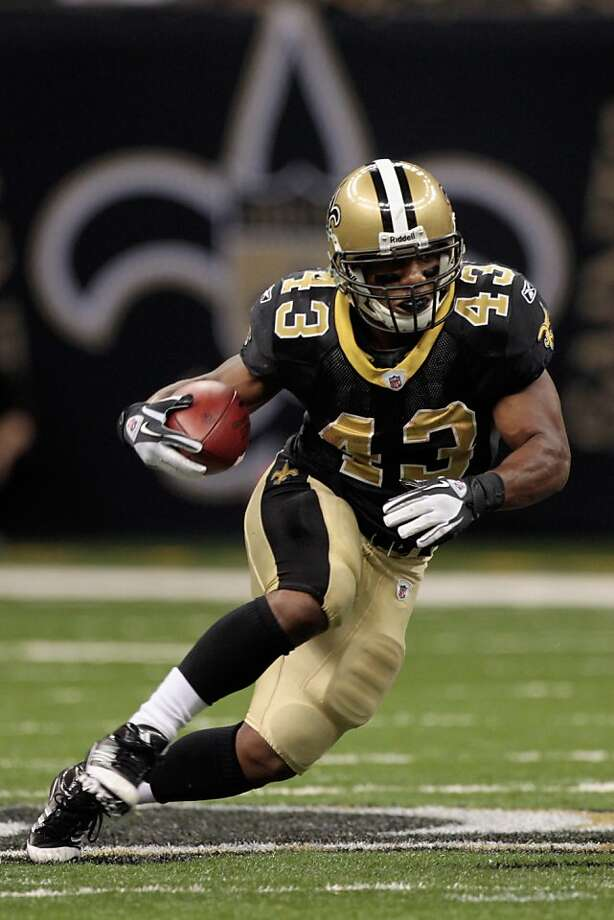 NEW ORLEANS, LA - JANUARY 01:   Darren Sproles #43 of the New Orleans Saints runs with the ball during the game against the Carolina Panthers at the Mercedes-Benz Superdome on January 1, 2012 in New Orleans, Louisiana.  The Saints defeated the Panthers 45-17.    (Photo by Chris Graythen/Getty Images) Photo: Chris Graythen, Getty Images