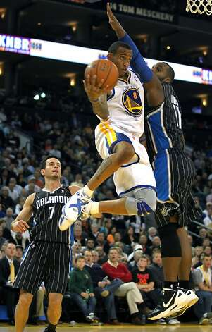 Golden State Warriors'Monta Ellis drives to the basket in the first half of their NBA basketball game against the Orlando Magic Thursday, Jan. 12, 2012, in Oakland, Calif. Photo: Lance Iversen, The Chronicle