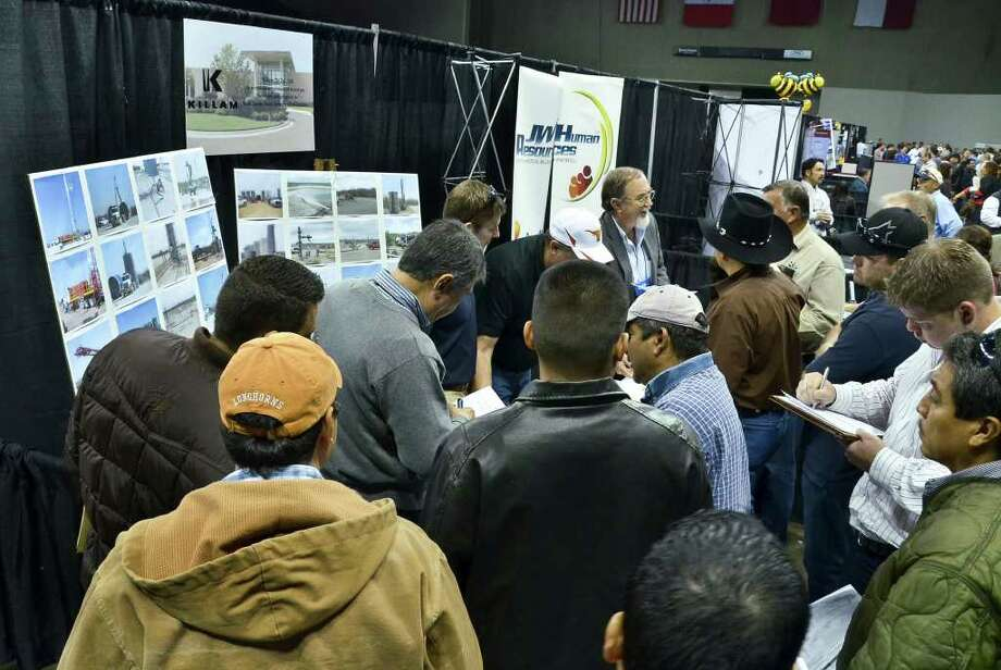 Killam Oil Co. LTD, was one of the companies at the Eagle Ford Shale Job Fair Friday at the Laredo Energy Arena. Photo: CUATE SANTOS / LAREDO MORNING TIMES