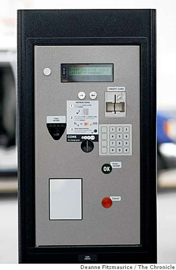 San Francisco is looking to smart parking meters to reduce polluting trips around the block to find an empty parking space. Photo: Deanne Fitzmaurice, The Chronicle
