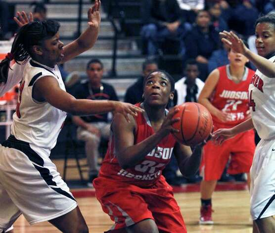 Judson's Breanna Thomas gets set to challenge Kaelynn Wilson in the lane as Wagner plays Judson in girls basketball at Wagner gym on  January 13, 2012 Tom Reel/Staff Photo: TOM REEL, Express-News / © 2012 San Antonio Express-News  MAGS OUT; TV OUT; NO SALES; SAN ANTONIO OUT; AP MEMBERS ONLY; MANDATORY CREDIT; EFE OUT