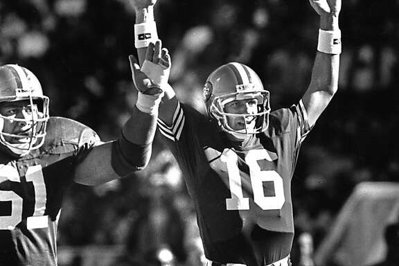 San Francisco 49ers Joe Montana and Jesse Sapolu signal a touchdown in their win over the Eagles Sept 24, 1989 by Mike Maloney San Francisco Chronicle