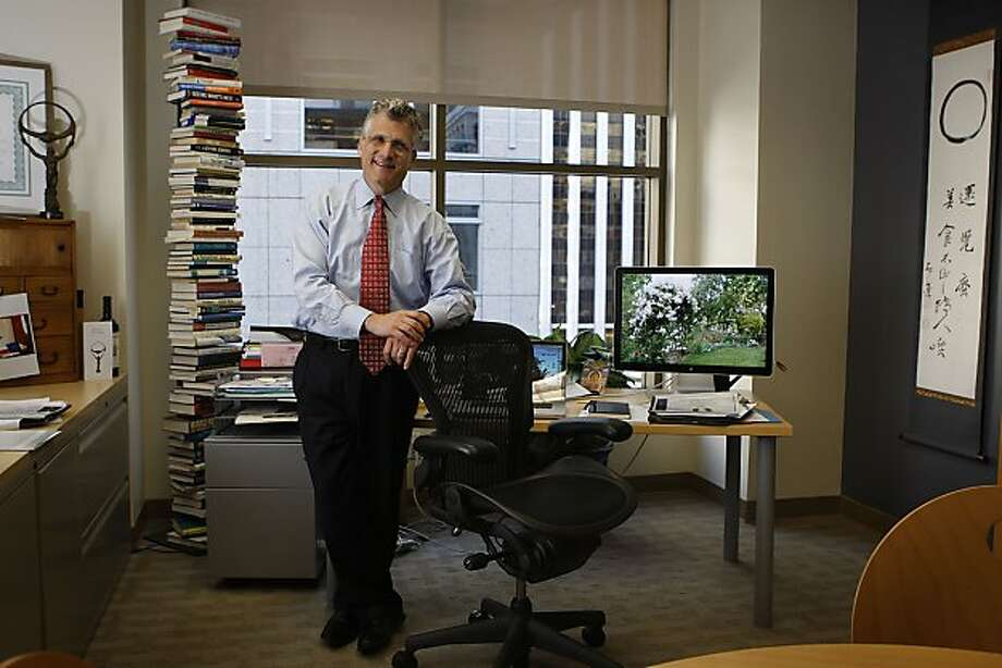 "Will Rosenzweig heads Physic Ventures, an SF-based venture capital firm, and  is an avid gardener believing that businesses - much like plants and flowers - don't grow in a linear fashion. He is in his office where the Oslo Business for Peace award is on his left and his garden on his computer is on his right in San Francisco, Calif., on Tuesday, March 1, 2011.   He likes to say, ""consumer health meets planetary health"" and is behind brands like Odwalla , Leapfrog, and a recent company goodguide. Photo: Liz Hafalia, The Chronicle"